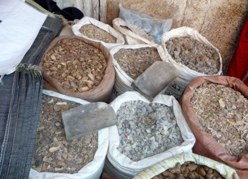 encens in local market, Ethiopia