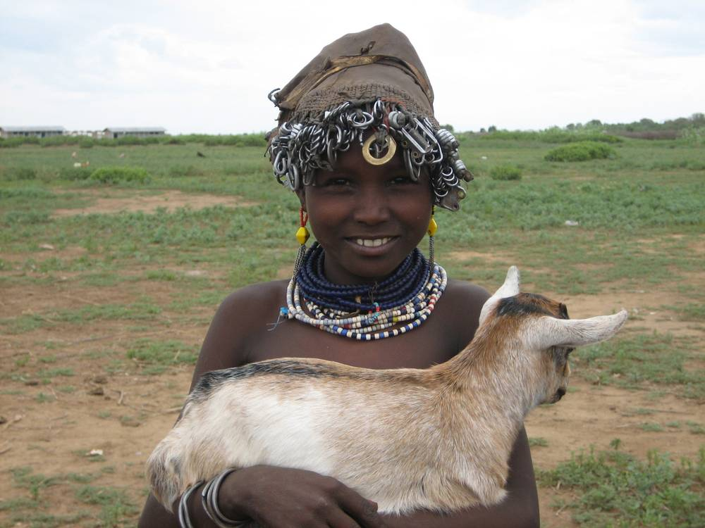 Dassanetch girl in Omo Valley, Galeb tribe, South Ethiopia